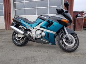 Kawasaki ZZR 600 til salg på MCsalg.dk