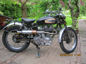 ROYAL ENFIELD Competition